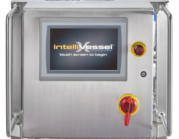 HOLLOWAY's newest stainless steel tank design, The intelliVessel™, is a new standard for smart tanks in the manufacturing industry.