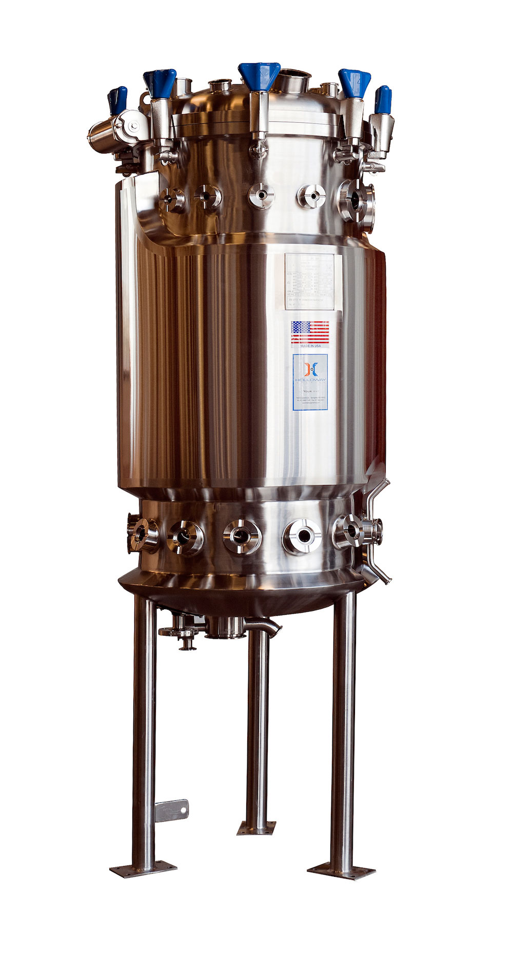 Our batch reactor design sets this stainless steel fermenter apart.